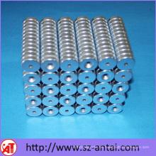 Permanente Zylinder Magneten mit versenkt