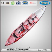 3 Paddlers Max se sientan en la parte superior Creational Kayak plástico