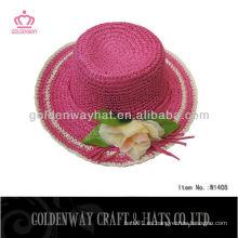 Sombrero de paja de papel de color rosa caliente para el verano