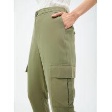 Зеленые женские повседневные брюки на заказ