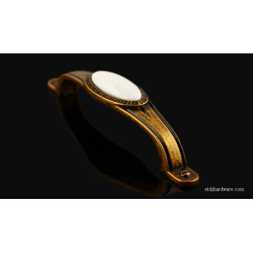 New Fashion Design for for Hardware Brass Vintage Furniture Handle High Quality Suitable Price Ceramic Kitchen Handle supply to Romania Manufacturers