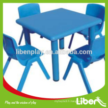 Table et chaise en plastique blanc en plein air, prix de gros en plein air tables et chaises en plastique LE.ZY.004