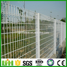 GM Free sample hot sale galvanized mesh fence