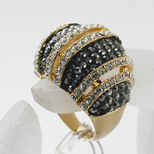 """Wholesale fashion women rings fashion jewelry Exquisite """"Love"""" 18k Gold Plated metal Lady Ring"""