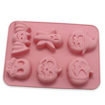 molde para pastel y platillo