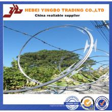 Arame farpado galvanizado do Razão do baixo preço do ISO 9001: 2008
