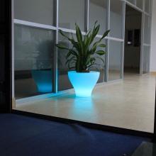 Jardinière LED pour décorer le jardin