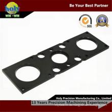 Kundenspezifische CNC-Bearbeitungselektronenplatte durch schwarzes Aluminiumoxid
