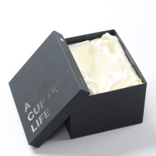 Caja de botellas de cosméticos de embalaje para el cuidado de la piel con tapa