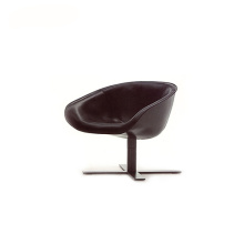 Italian 4-Spoke Base Mart Swivel Fauteuil