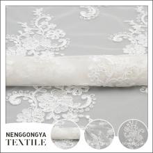 Oem personalizado Diferentes tipos de hermosa tela de bordado de gasa de cinta