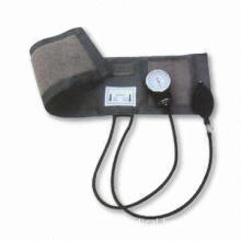 Blood Pressure Monitor with Standard Valves and Vinyl Zipper Bay