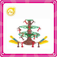 Mini plástico Intellectual Monkeys Tree Toy Juegos