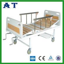 Trois pliante en bois lit de patient