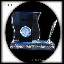 Magnifique horloge en cristal K9 T076