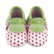 Обувь нового прибытия младенца moccasins симпатичная ботинки реальной кожи