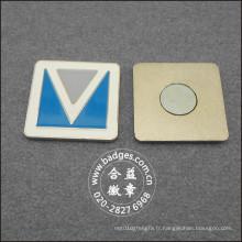 Badge d'affaires carré, épinglette en métal argenté (GZHY-BADGE-027)