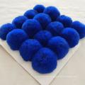 2019 Free samples wholesale 8cm 10cm faux fur pom poms