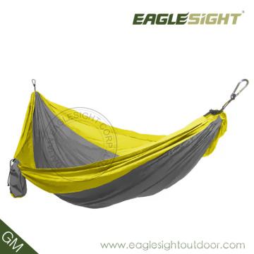 Hamaca de paracaídas al aire libre
