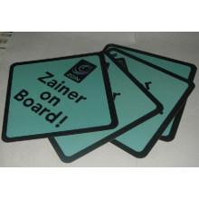 Personifizierte Auto-Zeichen (Zainer auf Brettern)