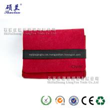 Bolsa de fieltro roja con banda elástica