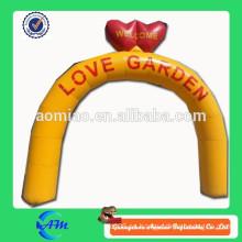 Inflatable love arch para la venta