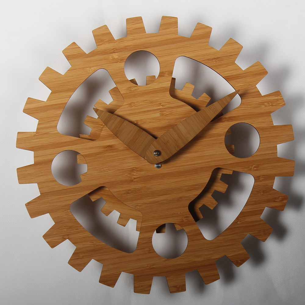 Kikkerland Gear Wall Clock