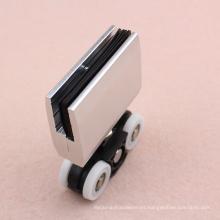 Fabricante de aluminio de la abrazadera de la puerta corredera de la puerta de plástico hecho en China