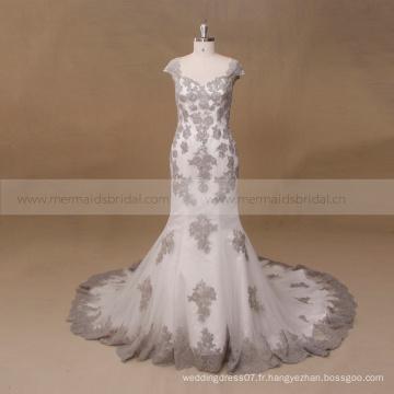 Gris et ivoire perlée sexy robe de mariée en dentelle en dentelle 2017