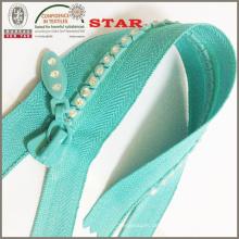 Close End Nr. 5 Kristall Reißverschlüsse für ausgeprägte Kleidungsstücke