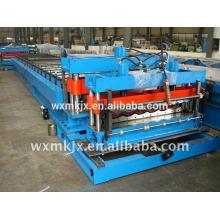 Teja esmaltada coloreada que forma la máquina
