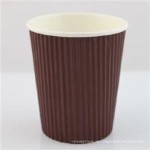 Taza de té barata de la taza de papel del café disponible