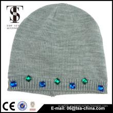 2015 Las gorritas tejidas de Slouch coloridas hicieron punto la gorrita tejida / el sombrero hecho punto invierno piedra de encargo de la joyería