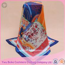 Высокомарочный подгонянный рук-свернутые края печатный сатин шарф