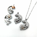 Atacado Lizard Charms Cage Pendant Necklace
