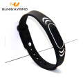 13.56mhz tercetak embossed silicone nfc rfid wristband