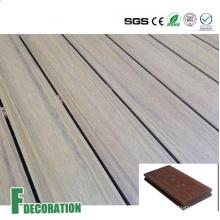 Decking composto plástico de madeira relativo à promoção exterior da Co-extrusão WPC da baixa manutenção