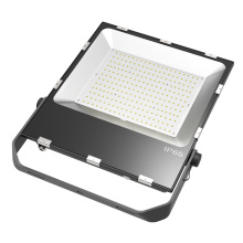 5 ans de garantie 150W Driverless LED Floodlight 4kv protection contre les surtensions
