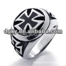 Anéis de aço cirúrgicos exclusivos com forma gravada cruzada