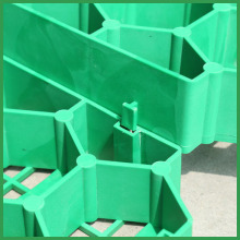 Green and Black Plastic Grass Lawn Grid Paver