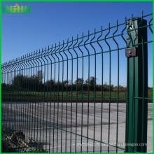 2016 vente chaude haute qualité Chine usine pvc soudée clôture en treillis métallique