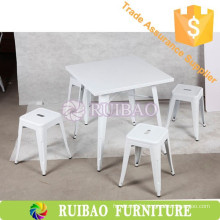 Vintage Replica Metal Dining Table Cafe Table Set with four Metal stool