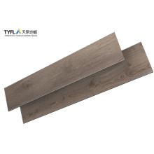 Revêtement de sol en PVC clic