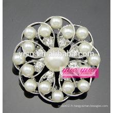 Broche à épingles florales perle et perle d'eau douce