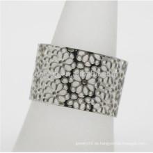 Kundengebundene Frauen-Schmucksache-hohle Blumen-Edelstahl-breite justierbare Größe offener Ring
