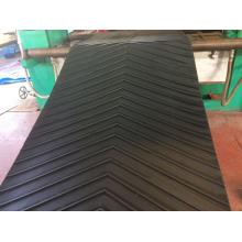 non-slip chevron conveyor belt