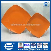 2015 nouveaux produits carré d'émail porcelaine assiettes