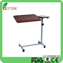 Altura ajustable sobre la mesa de la cama con las ruedas