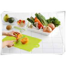 Hot Selling Küchenutensilien Plastic Cutting Board Onsale