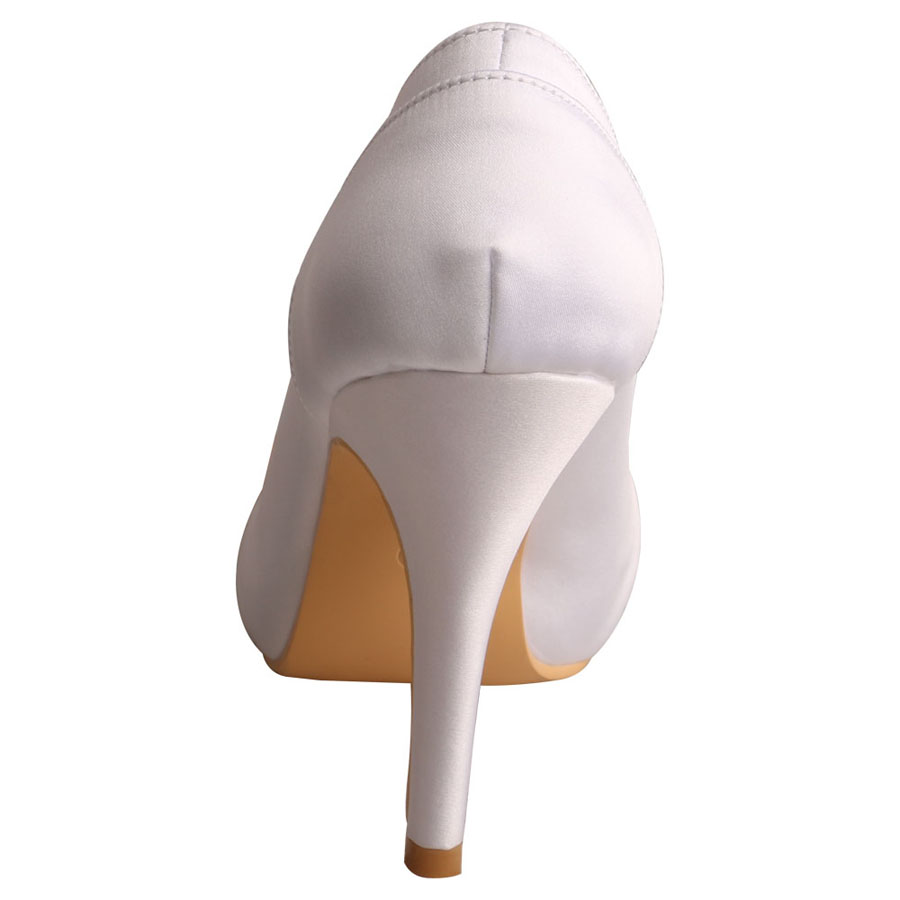 Ivory Satin Ladies Shoes